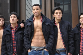 Abercrombie_fitch_ginza_store_mod_2